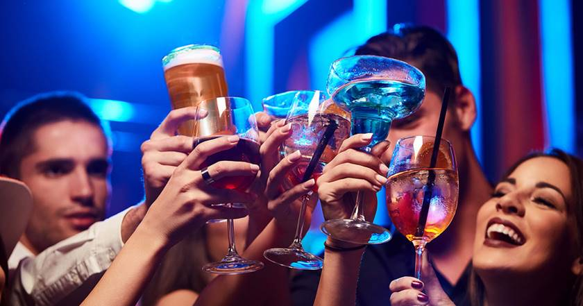 Mitos sobre el alcohol   Adicciones