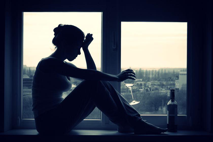 Alcoholismo en la mujer: cómo puedes ayudar