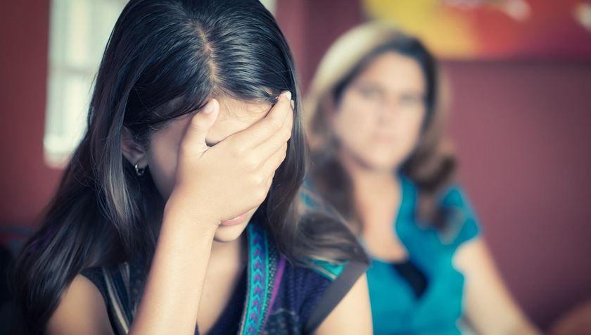 ¿Qué hacer si sospechas que tu hijo adolescente tiene problemas de adicción?